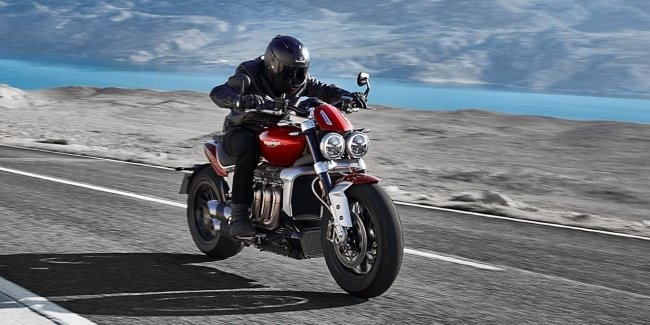 New Triumph Rocket 3: from standstill to 100 km/h in 3 seconds or even a bit faster