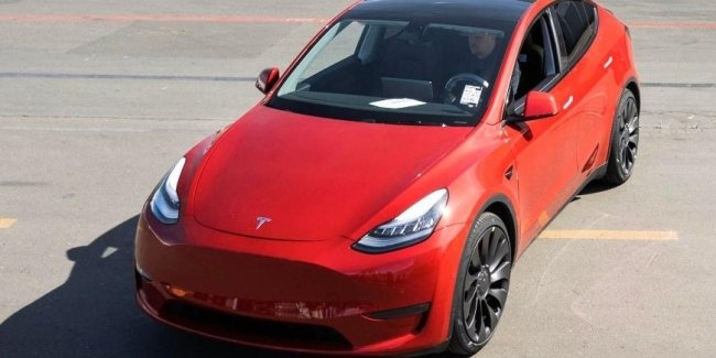 , Rolled off the millionth electric car Tesla