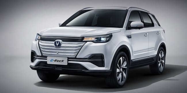 Crossover Changan CS55 got an electric version