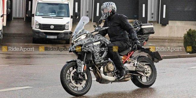 Photospin captured the new crossover Ducati