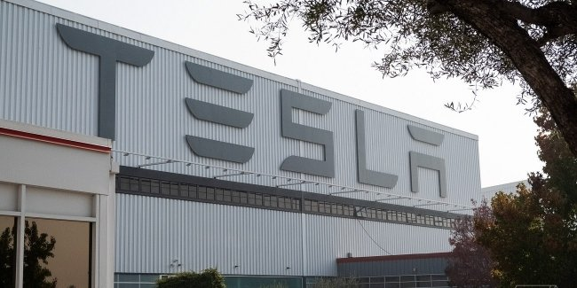 Tesla is ready to start production of ventilators