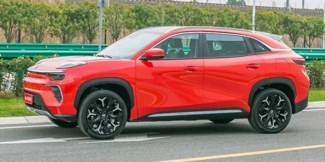 In China, there will be new electric crossover Chery eQ5