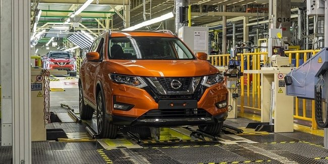The effects of coronavirus: Nissan plant stopped in Barcelona and fired three thousand employees