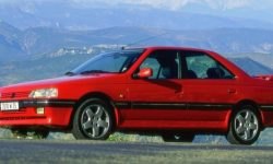 "Peugeot 405 and Alfa Romeo 33 sport: in Argentina, sell the stock ""new"" cars from the 90s"