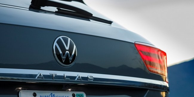 The new logo of VW. Noticed changes?