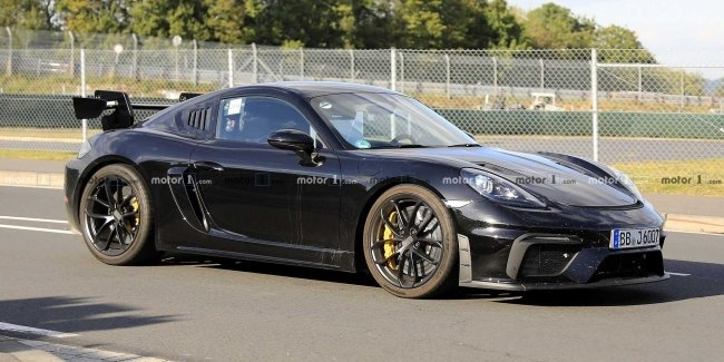"Cayman will show ""teeth"": the RS version of the Porsche 718"