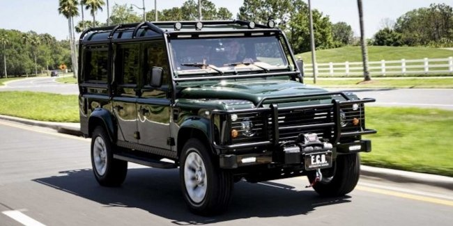 "The envy of Lara Croft: ""crazy"" tuning Land Rover Defender"