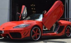 """Roadster for """"addict pervert"""": a ridiculous tuning Porsche Boxster"""
