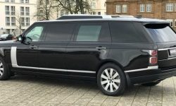 """""""The carriage"""" for the Queen: a large tuning Range Rover"""