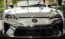 €1.000.000 for a Toyota? Rare Lexus LFA for sale with virtually no mileage