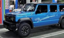 The Five-Door Suzuki Jimny! Real photo