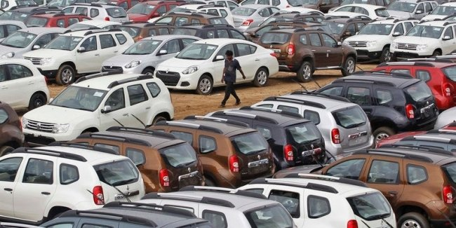 "Coronavirus ""destroyed"" the market for new cars in India"