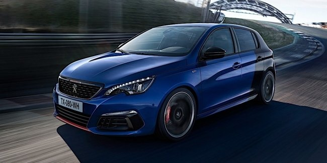 The new Peugeot 308 posoritsja with the Golf R