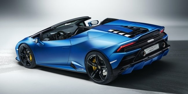 Rear-wheel drive Huracan Spyder Evo officially presented