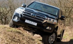 Land Cruiser 200: a worthy replacement for the Maybach Pullman Guard