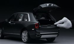 """Rolls-Royce Cullinan: when the """"toy"""" this car is cooler"""
