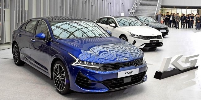 The renaming KIA Optima: K5 – and K5 America