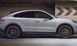 "In the network appeared the image of the ""sport"" Cayenne Coupe"