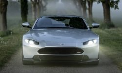Aston Martin Vantage and his new nose