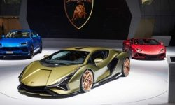 The first went: the Lamborghini refused to participate in exhibitions