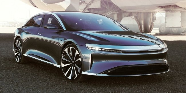 Lucid Air has not yet appeared, but already lost to Tesla Model S