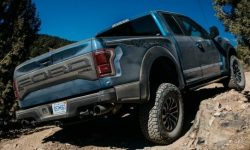 """The main """"predator"""" will be delayed: F-150 Raptor will appear in a year"""