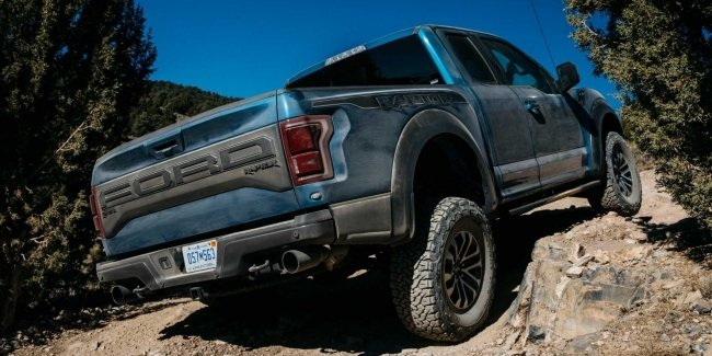 "The main ""predator"" will be delayed: F-150 Raptor will appear in a year"