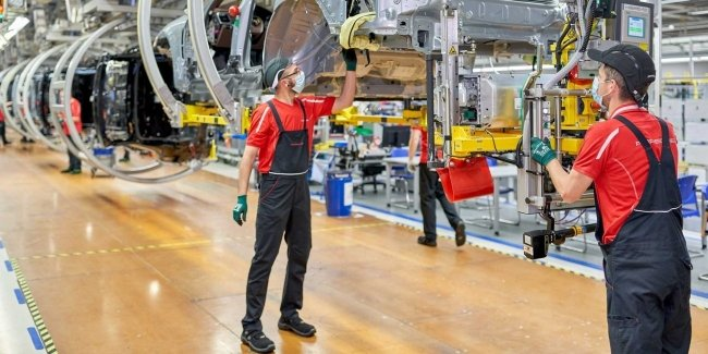 Porsche has built a separate factory for the Macan