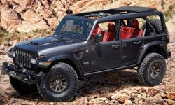 Jeep decided to show a Wrangler with a V8 in the day of the premiere Ford Bronco