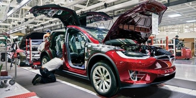 Tesla will suspend work of the main plant in California