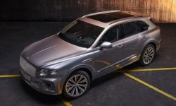 Updated Bentley Bentayga: soon in the salons in your city