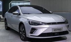 The first electric sedan Roewe