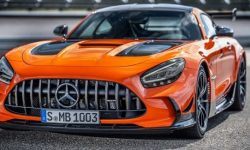 """""""Black and expensive"""": spezieria Mercedes-AMG GT"""