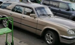 The custom tuning of the Volga GAZ-3110