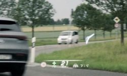 Mercedes showed head-up display with augmented reality