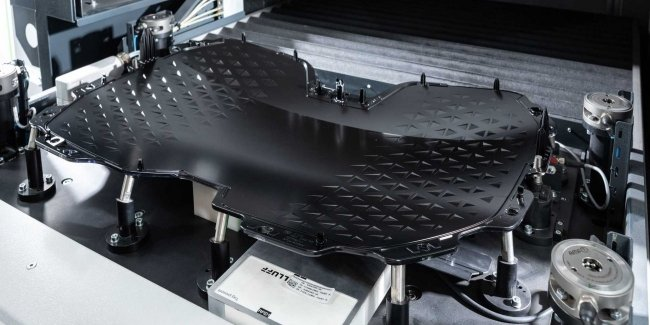 BMW has officially unveiled… grille