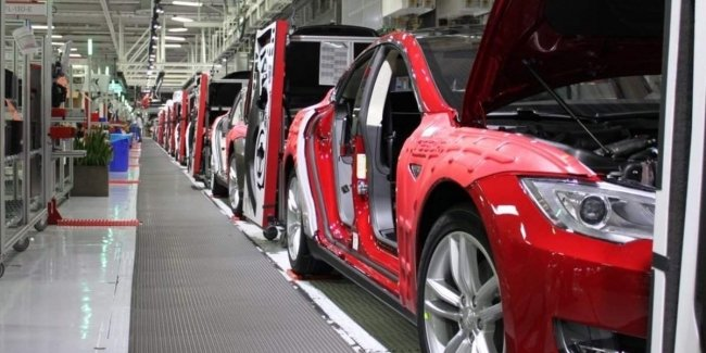 Tesla may build third plant in USA