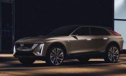 Cadillac has officially unveiled electrocreaser Lyriq