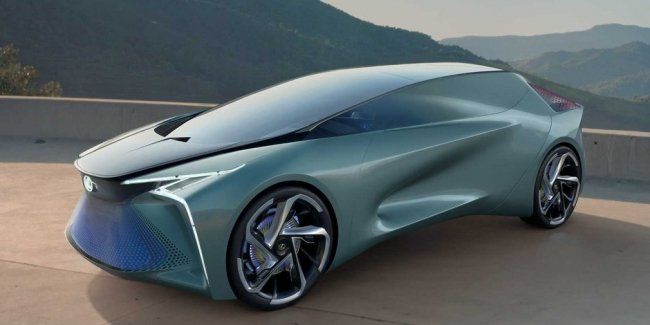 Lexus is preparing a new model. And it will be…