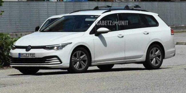 New Volkswagen Golf Variant: without the camo