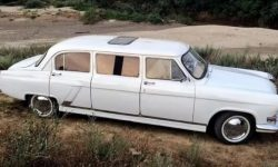 The dream of a party official: a limousine Volga Gaz-21