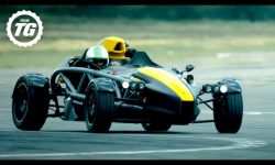 EXTENDED: Chris Harris vs the Ariel Atom 4: Series 28