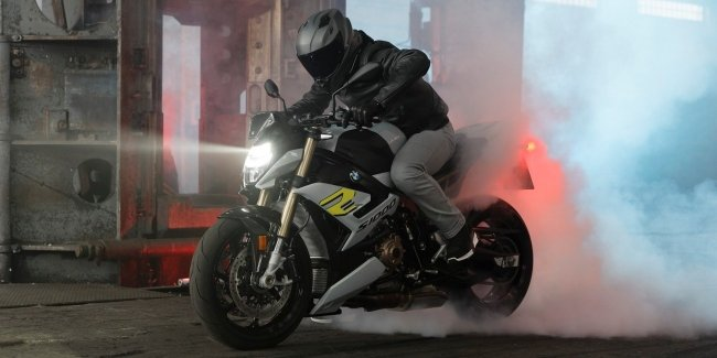 Introduced the new motorcycle BMW S 1000 R