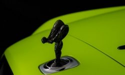 Rolls-Royce young: three neon colours available