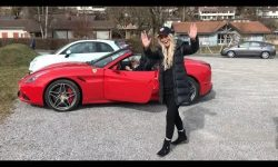 Teaching my grandma how to drive a Ferrari!!