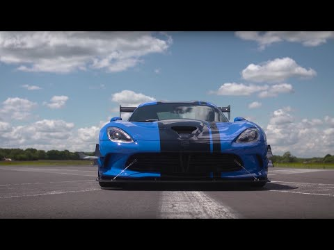 Chris Harris Drives The Dodge Viper 645bhp