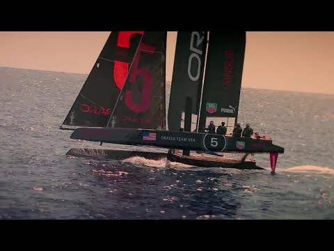 """FASTEST CAR IN THE WORLD"" vs Yacht 