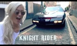 KNIGHT RIDER KITT – THE CAR THAT TALKS, WINKS & SHOOTS ROCKETS