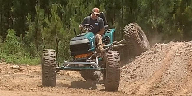 Monster-truck from lawn mower