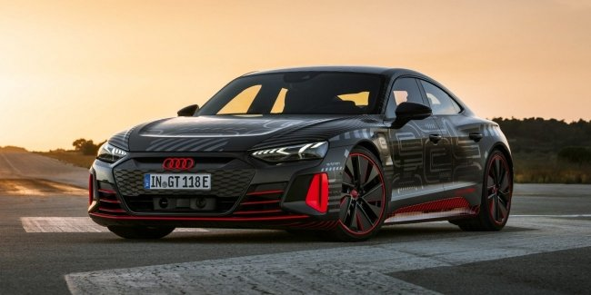 Audi e-tron GT launched into production